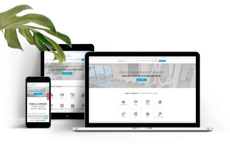 Image with desktop,mobile and ipad screens, showcasing the responsive design of the website on each